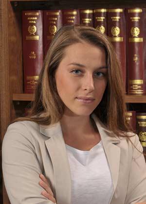 Anna Vamiali, Associate | Kelemenis & Co , kelemenis.com |